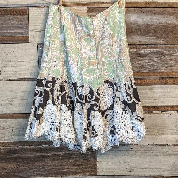 "Dresses & Skirts - Fun Boho Vintage Patch and Lace Skirt 30"" waist"